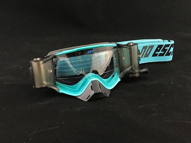 No Escape Spectator roll-off bril