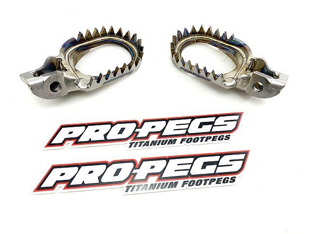 Titanium voetsteunen van PRO-PEGS